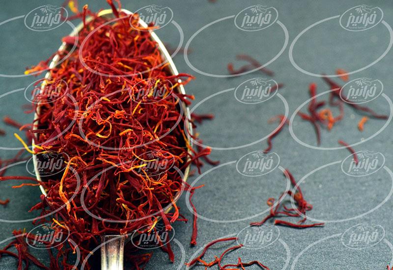 تولید پودر زعفران زرین خراسان برای آشپزخانه ها